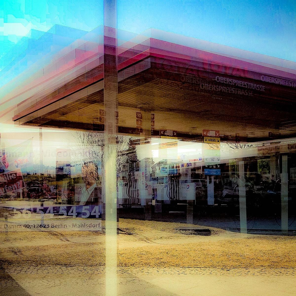 Unterwegs...  No. 08 // 18 x18, Fineart Print auf Photorag, 2018