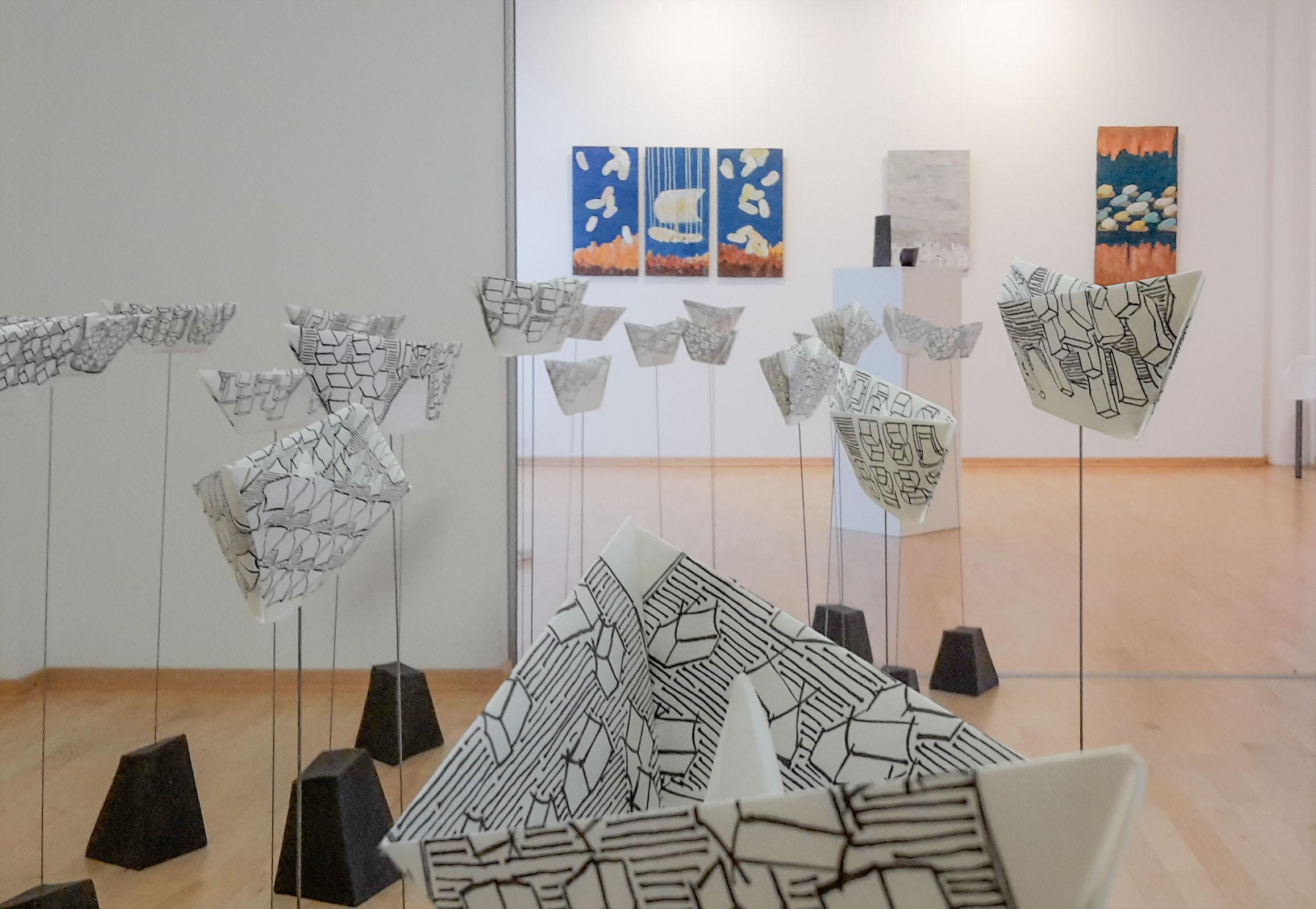 In between where – Installation Kunstopfer – Spektrum Galerie Frankfurt/Oder – 2018